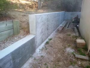 retaining wall builder st peters missouri